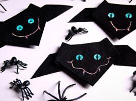 Симпатичні кажани в техніці орігамі на Хелловін