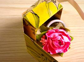 Рукотворна скринька із картону з візерунком