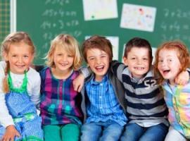 Як делікатно розпитати дитину про школу