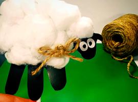Баранець-актор: іграшка для лялькового театру