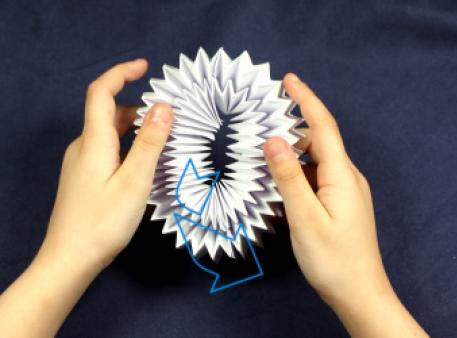 Як зробити чарівне орігамі, що рухається