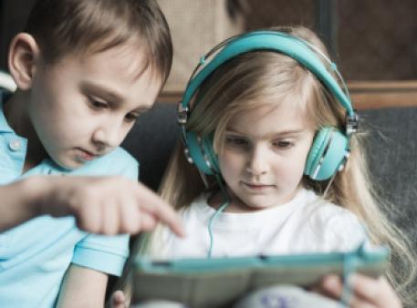 10 порад: як забезпечити дитині безпеку в Інтернеті