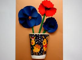 Панно з квітами у вазі: як отримати 3D-ефект