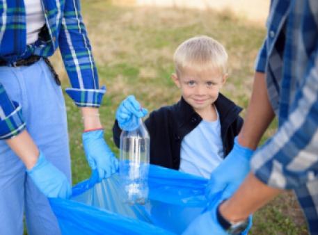 Як навчити дітей робити добро: ідеї для добрих справ