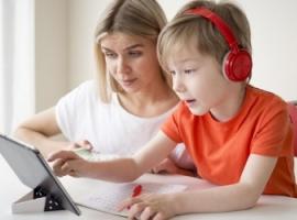 Електронні пристрої, які допоможуть школяреві розвиватися