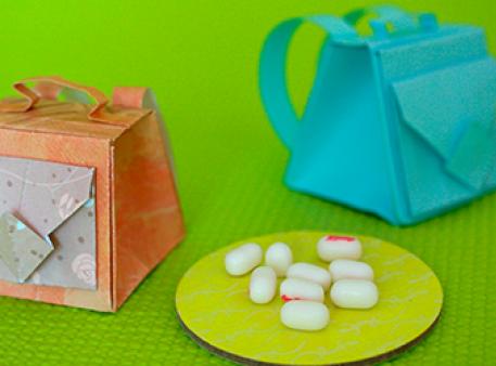 Сувенірні рюкзаки для друзів в техніці орігамі