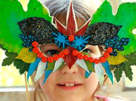 Дари осені: маска з пофарбованого листя