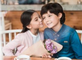 Як батькам навчити дитину хороших манер