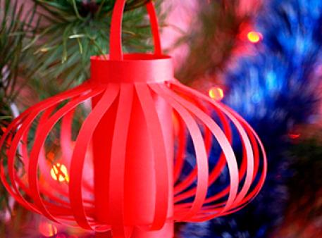 Паперовий ліхтарик — красива декорація для дому