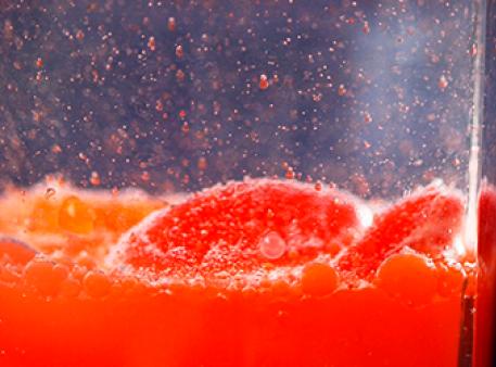 Водно-олійний експеримент: незмішувані рідини