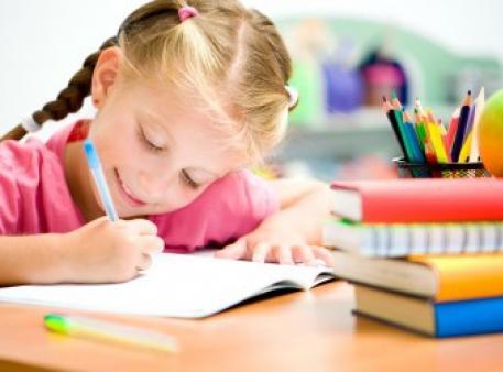 Як навчити дитину письма й написання імені