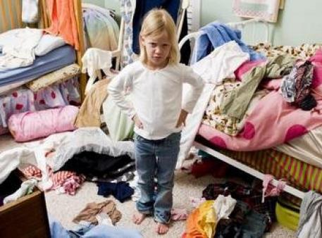 Як змусити дітей прибрати у своїй кімнаті