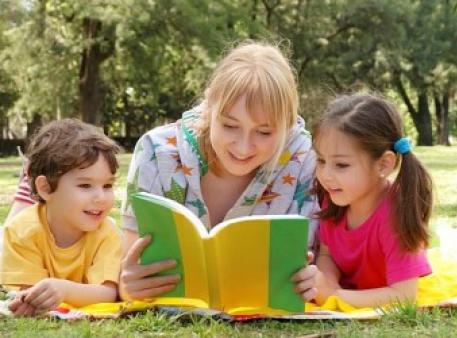 Недооцінена користь від читання дітям уголос