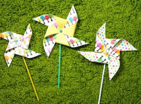 Паперові вітрячки, створені своїми руками