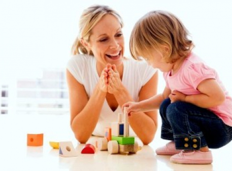 Як правильно хвалити своїх дітей