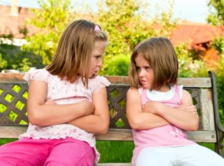 Кроки для вирішення конфліктів у дітей